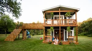 michigan dad builds ultimate playhouse for his 2 daughters today com
