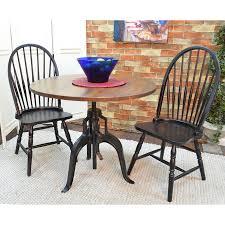 carolina cottage dining table shop carolina cottage bently wood round extending dining table at