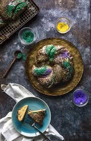 king cake for mardi gras king cake praline glaze beyond the bayou food