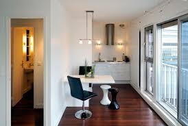 cuisine etroite la table de cuisine pliante 50 idées pour sauver d espace