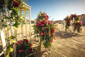 creative floral décor for your wedding ceremony inside weddings