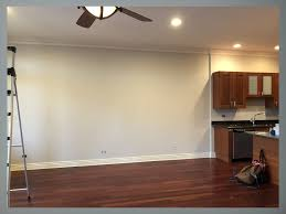 what color kitchen cabinets go with hardwood floors paint colors that go with cherry wood floors and kitchen