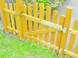 postavitev lesene ograje bauhaus slovenija