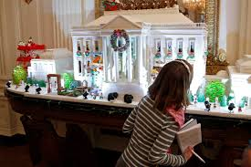 photos white house holiday decorations wsj