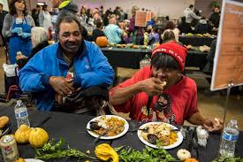 las vegas charities preparing thanksgiving meals for thousands