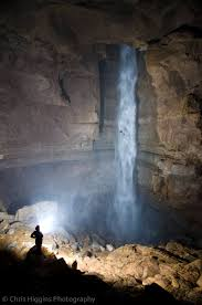 Caves In Tennessee Map by 247 U0027 Massive Waterfall In A Tennessee Cave The People Are For