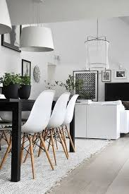 Scandinavian Interior Design Bedroom by Best 25 Scandinavian Dining Rooms Ideas On Pinterest Bright