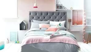 chambre en et gris parure de lit gris et blanc deco chambre gris blanc une chambre