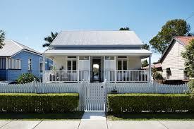 House Design Companies Australia Harmonious Blend Of Traditional And Modern Design Kent Rd House