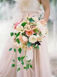 Cascade Bouquet Modern Cascade U0026 Long Bridal Bouquets Wedding Philippines