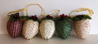 craft room confidential handmade christmas pinecone ornaments