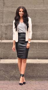 trendy leather skirts for women to look gorgeous leather