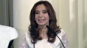 Cristina Autor En Ecortina Casualidad O Símbolo El Vestido De Cristina Y Un Interesante