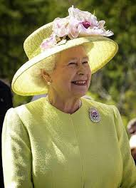 queen elizabeth ii beams after winning a a 98 voucher from 143 best the queen s brooches images on pinterest british royals