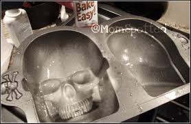 Halloween Skull Cakes by Wilton Dimensions 3 D Skull Pan Tutorial Momspotted