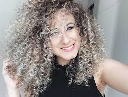 naturally curly gray hair pin by natália soares on cacheadas br pinterest ps naturally