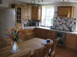 Farmhouse Style Kitchen Cabinets Farm Style Kitchen Table U2013 Federicorosa Me