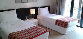 split level bedroom 3 bedroom 2 bathroom split level apartment latitude 37 serviced