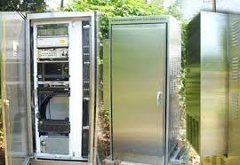 climate controlled outdoor cabinets for communications systems