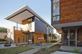 Old Homes With Modern Interiors Two Compact Modern Homes Fill Challenging Empty Lots In An Old