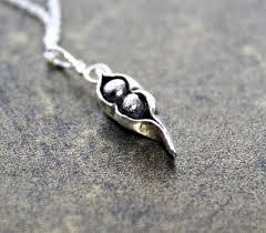 2 peas in a pod jewelry two peas in a pod family silver pea pod bridesmaid jewelry
