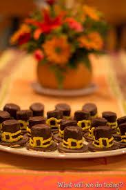 pilgrim hat cookies for thanksgiving treat