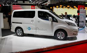 minivan nissan nissan e nv200 electric van photos and info u2013 news u2013 car and driver