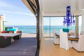 beach home decor store eclectic modern beach house a fantastic exle of mix and match