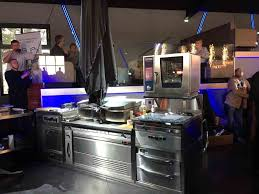 cuisines compactes la cuisine pro lanef lance le variochef le couteau suisse des