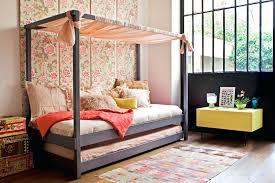 cabane dans chambre cabane enfant chambre lit cabane chambre bacbac moderne chambre a