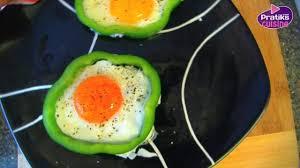 plats à cuisiner cuisine comment cuisiner des œufs au plat dans une robe de poivron