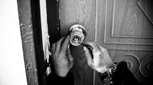 how to pick a bedroom lock how to pick a door lock hirerush blog