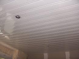 lambris pvc plafond cuisine cuisine inspirational faux plafond en pvc pour cuisine hd