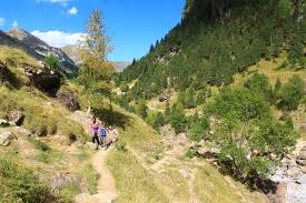 Pyrenees Mountains Map Best Day Hike French Pyrenees Cirque De Gavarnie U2022 Nomads With A