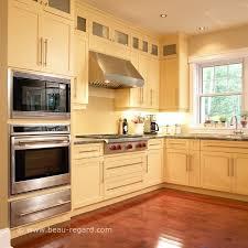 cuisine en bois massif moderne armoires de cuisine contemporain merisier bois massif 3 idée de