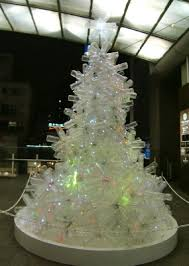 plastic bottle tree looks like a less regular