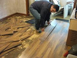Removing Laminate Flooring How To Remove Laminate Floor Diy Dengarden