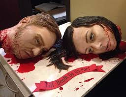 severed bride and groom head wedding cake randommization