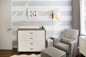 kinderzimmer grau wei babyzimmer babyzimmer graustreifen babyzimmer grau streifen