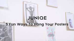 ways to hang pictures 5 fun ways to hang your posters juniqe tutorial youtube