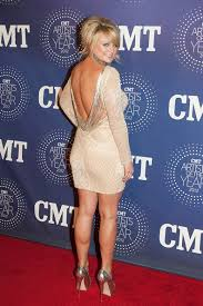 country singer with short hair secrets of the big tease how to get big hair like miranda