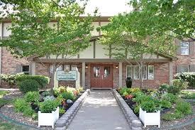 eastside evansville in apartments for rent village green