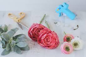How To Make A Wrist Corsage How To Diy A Wrist Corsage For Your Wedding Day