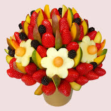 fruit bouqet fruity gift mango and berries fruit bouquet fresh and fruity