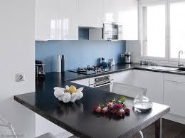 cuisine blanc et cuisine blanche mur bleu cuisine kitchens house