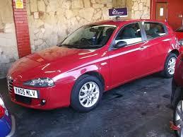 2005 05 alfa romeo 147 t spark lusso 1 6 cc petrol 5 door red 5