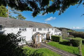 bay cottage holiday cottage looe south east cornwall uk