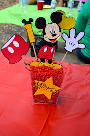 Mickey Mouse Center Pieces The 25 Best Mickey Mouse Centerpiece Ideas On Pinterest Mickey