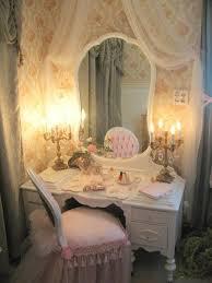 Antique Vanities For Bedrooms Best 25 Little Vanity Ideas On Pinterest Little Girls