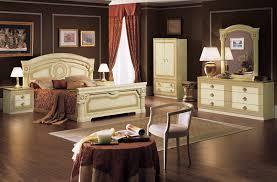 schlafzimmer italien komplett schlafzimmer set klassische italienische stilmöbel beige